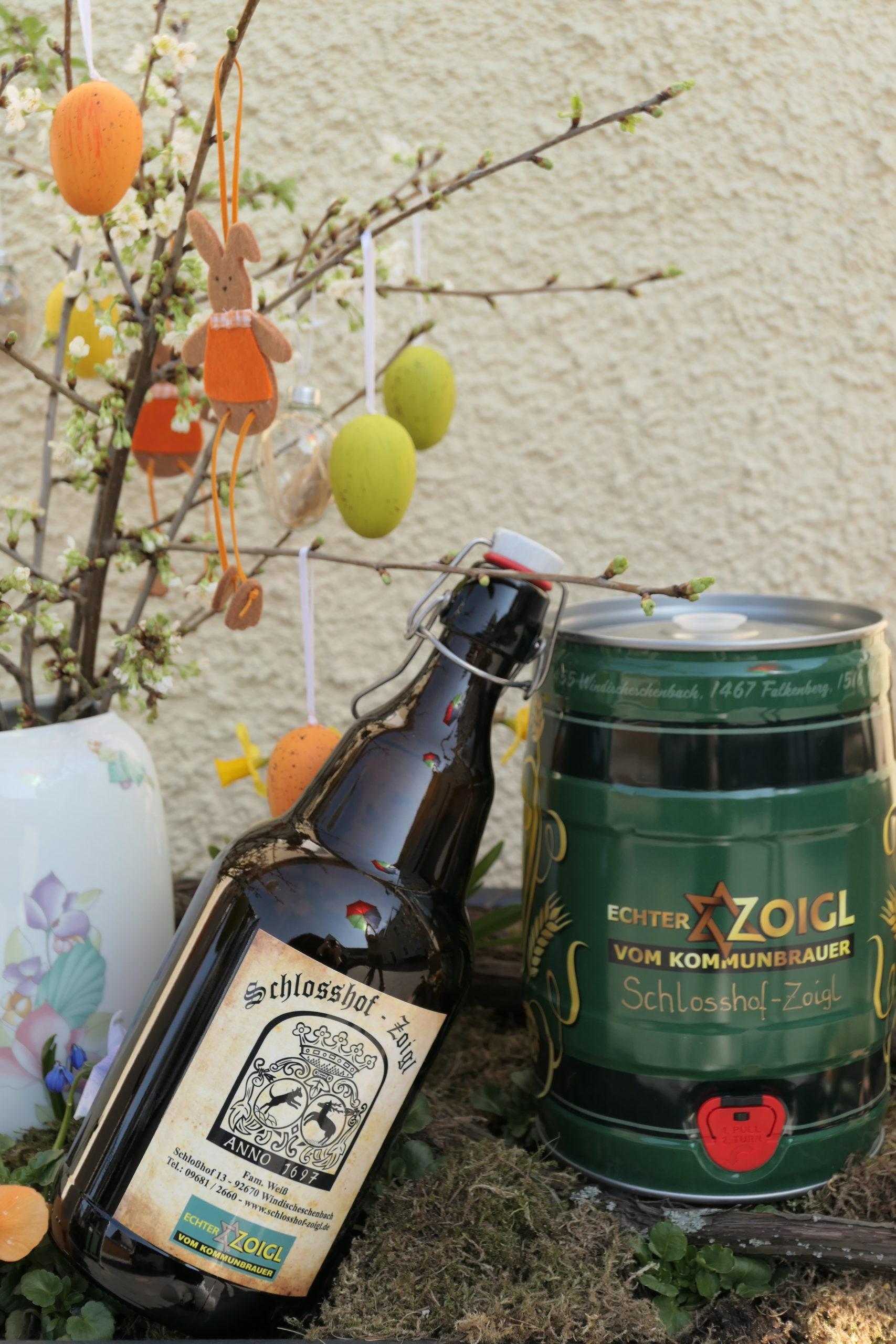 Schlosshof-Zoigl-Geschenkflasche-und-Faß